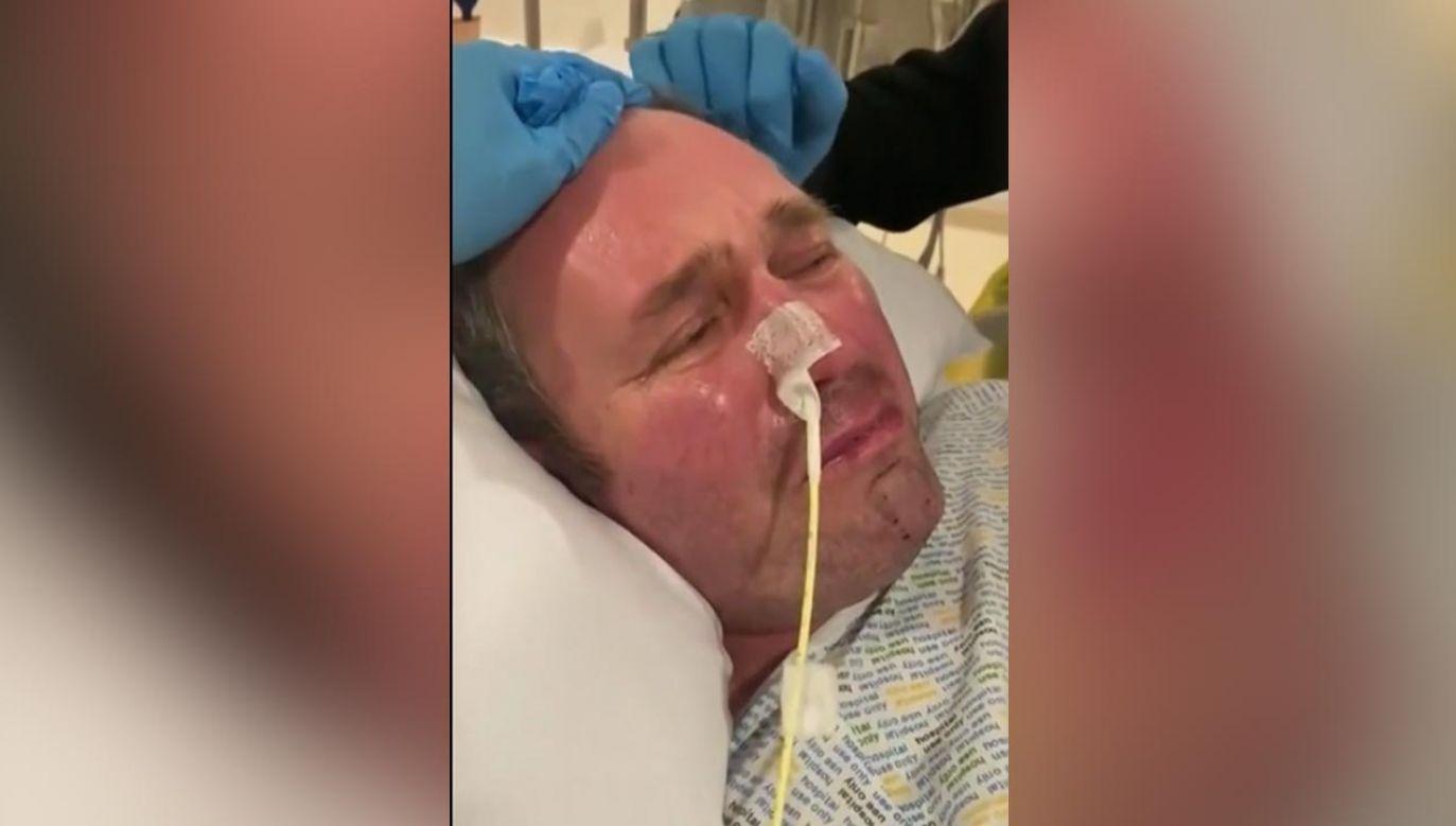 Mężczyzna jest w stanie śpiączki po zatrzymaniu akcji serca (fot. Twitter)