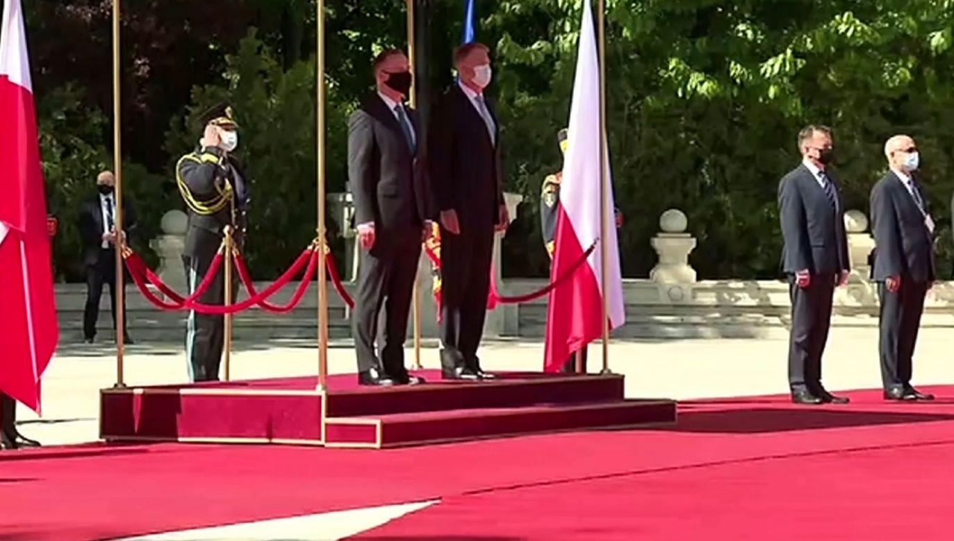 Ceremonia oficjalnego powitania prezydent a Dudy w Rumunii (fot. TVP)