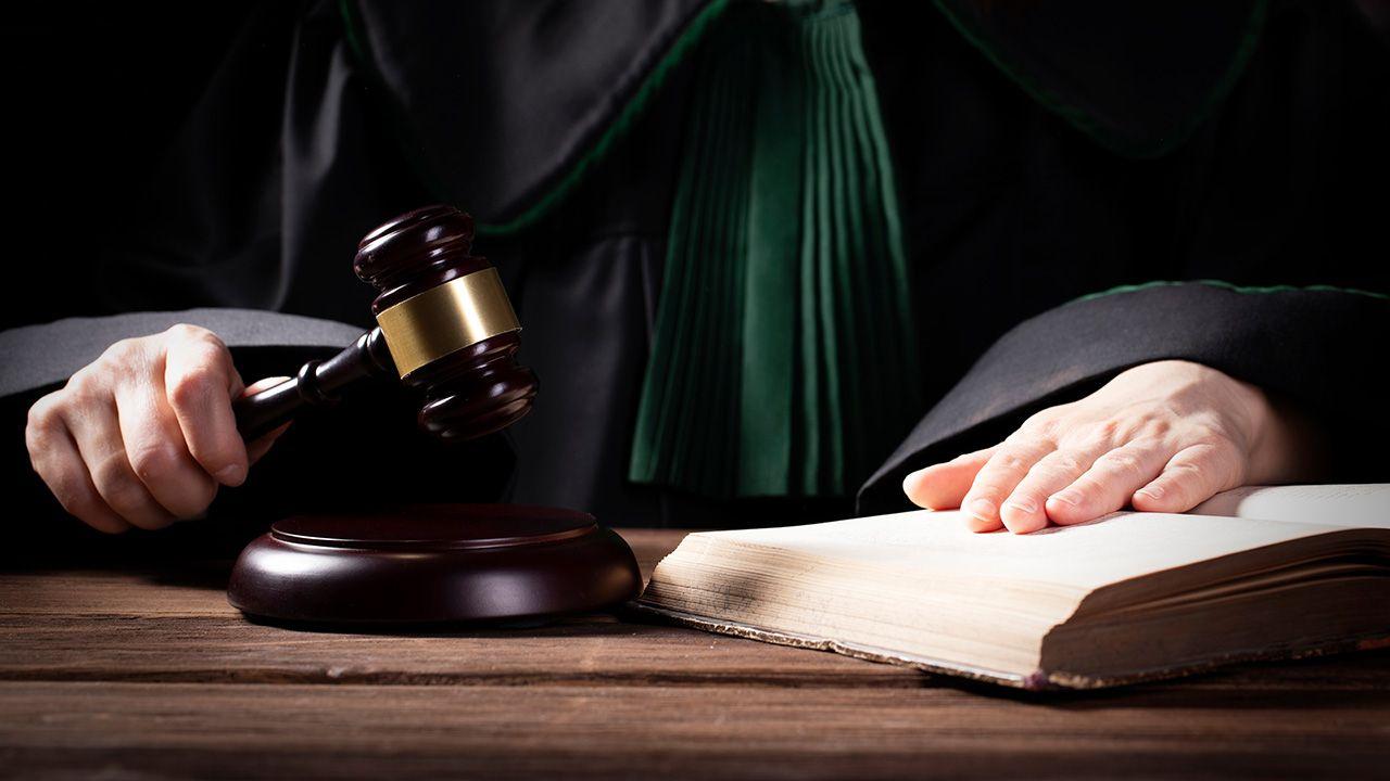 Pozew o ochronę dóbr osobistych wniosła grupa 38 krakowskich sędziów (fot. Shutterstock/lusia83)
