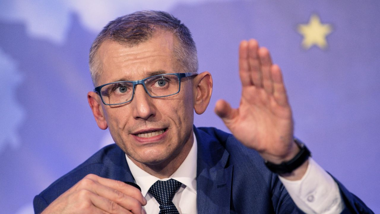 Krzysztof Kwiatkowski kierował resortem sprawiedliwości w latach 2009-2011; dwa lata później został szefem NIK (fot. arch. PAP/Darek Delmanowicz)