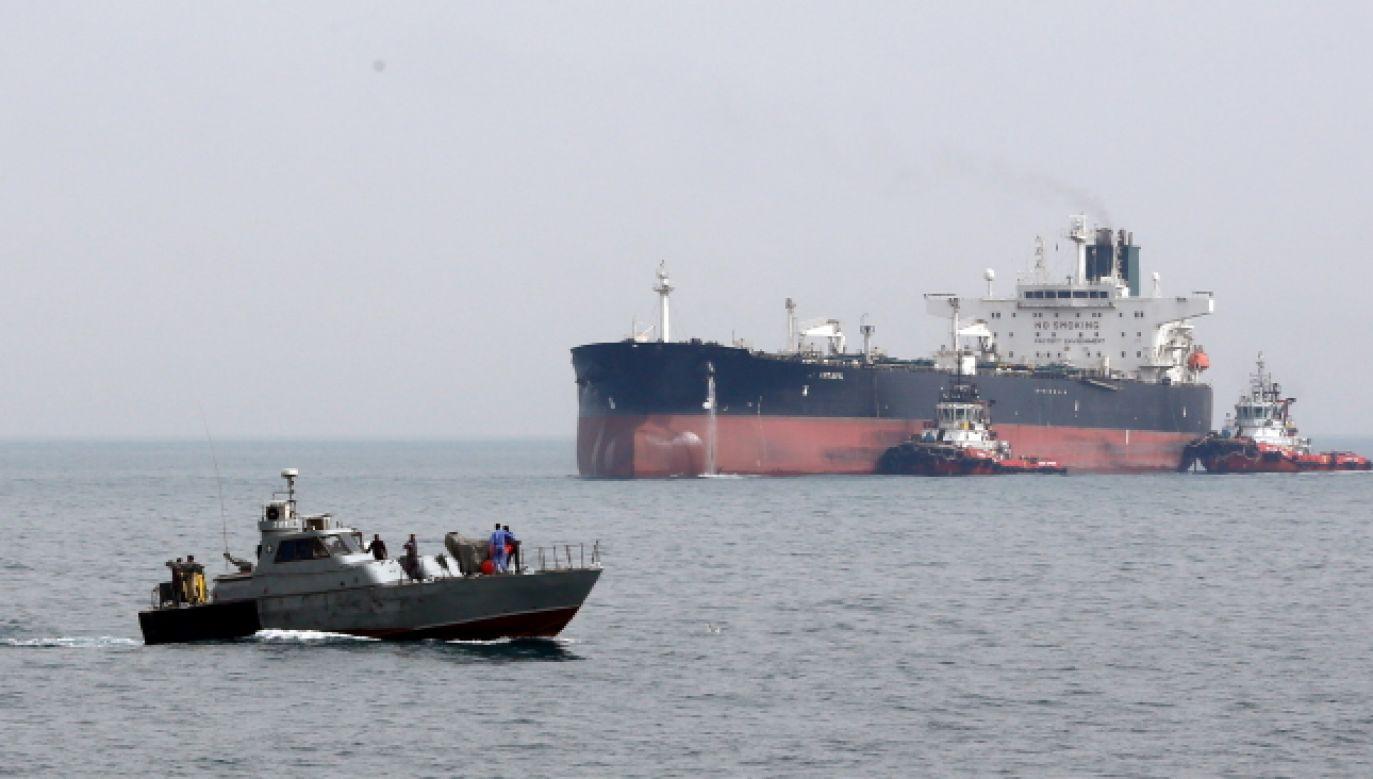 Iran ostrzegał, że może przejąć brytyjski tankowiec (fot. PAP/EPA/ABEDIN TAHERKENAREH)