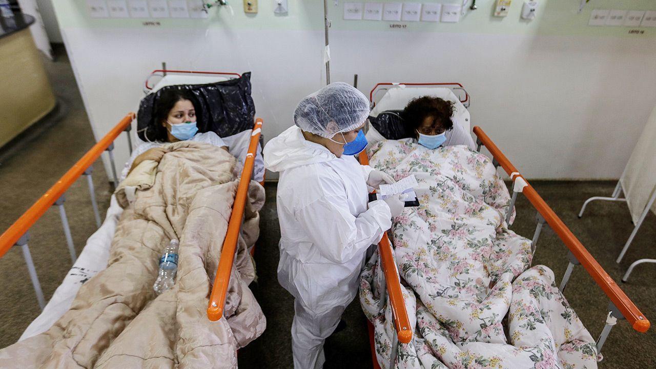 Szef WHO o wskaźniku zakażeń na świecie (fot. PAP/EPA/Antonio Lacerda)