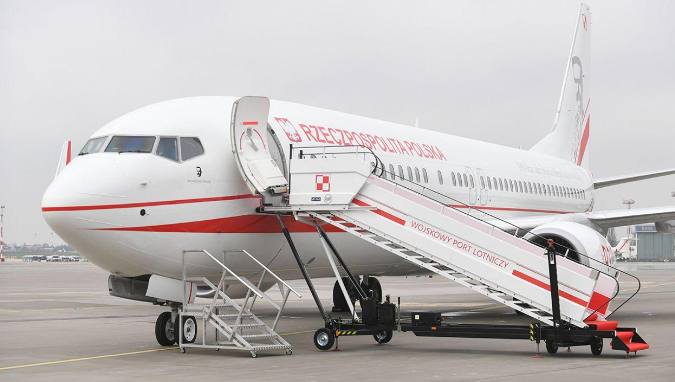 """W piątkowym wydaniu """"faktu"""" ukazał się artykuł o podróżach premierów RP rządowymi maszynami (fot. arch.PAP/Bartłomiej Zborowski)"""