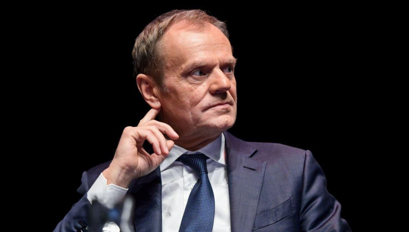 Były marszałek Senatu odniósł się do wpisu Tuska na Twitterze (fot. Mateusz Slodkowski/SOPA Images/LightRocket via Getty Images)