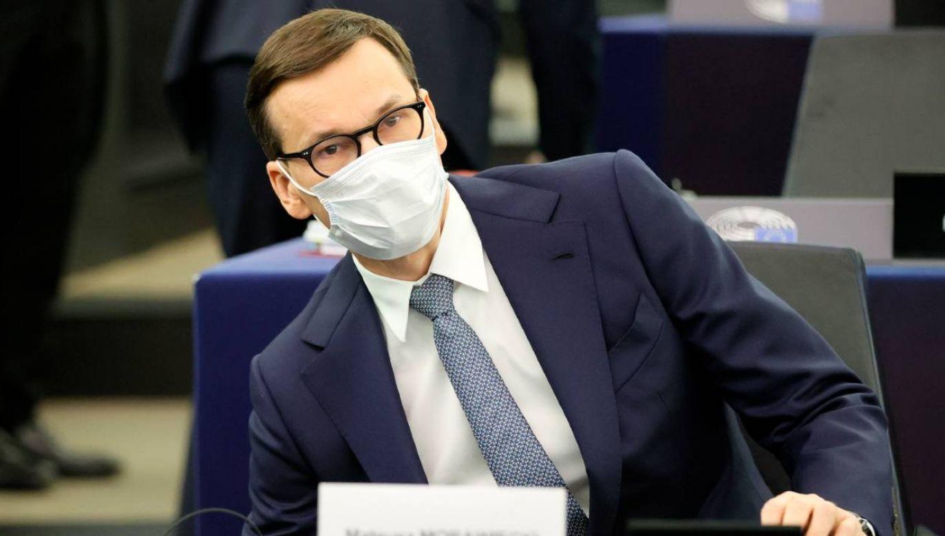 Premier Mateusz Morawiecki podczas debaty w UE (fot. PAP/EPA/RONALD WITTEK)