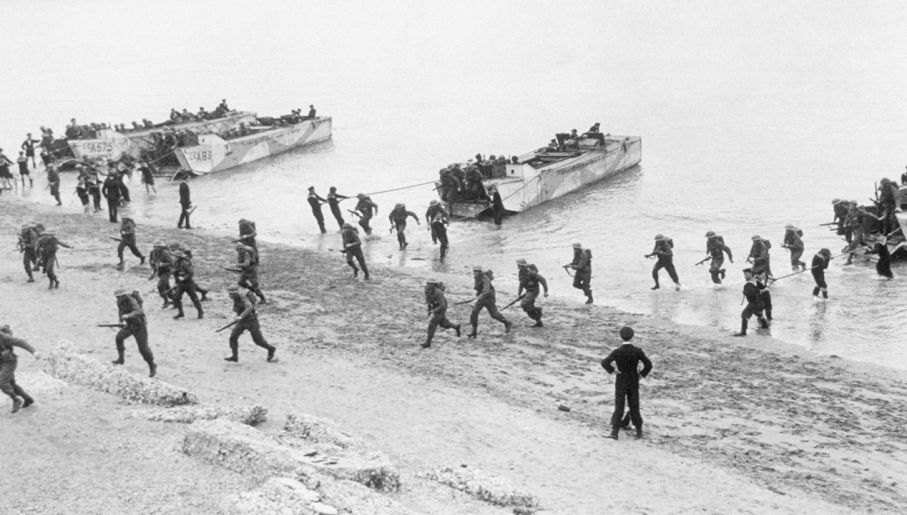 Alianci próbowali zmylić Niemców, co do faktycznego miejsca lądowania (fot. Keystone/Getty Images)