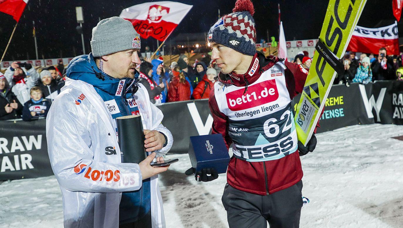 Zwycięzcą konkursu w Norwegii został Kamil Stoch (fot.  PAP/EPA/GEIR OLSEN)
