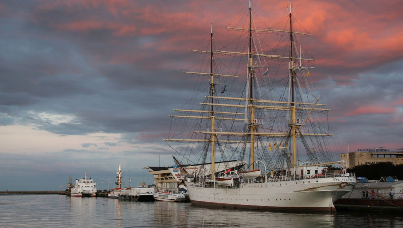 """""""Dar Pomorza"""" został wycofany ze służby w 1982 roku, a na jego pokładzie stworzono muzeum. Fregatę można oglądać w porcie w Gdyni (fot. Wikimedia commons (CC BY 2.5 PL) / Żeglarz)"""