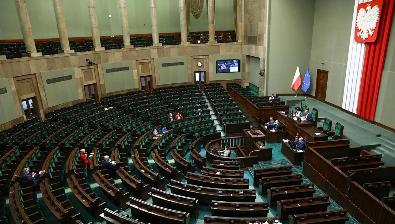 Premier zwrócił się o zwołanie niejawnego posiedzenia izby (fot. PAP/Rafał Guz)