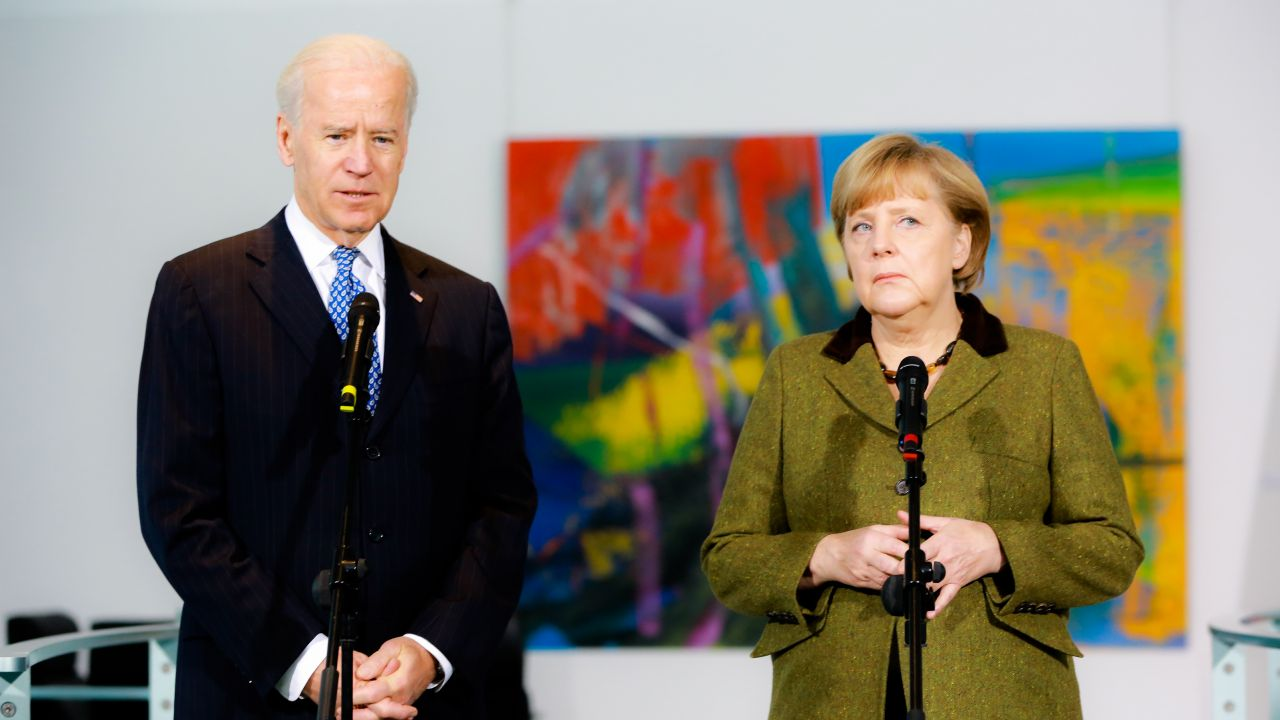 Joe Biden i Angela Merkel, Berlin 2013 r. (fot. Christian Marquardt-Pool/Getty Images)