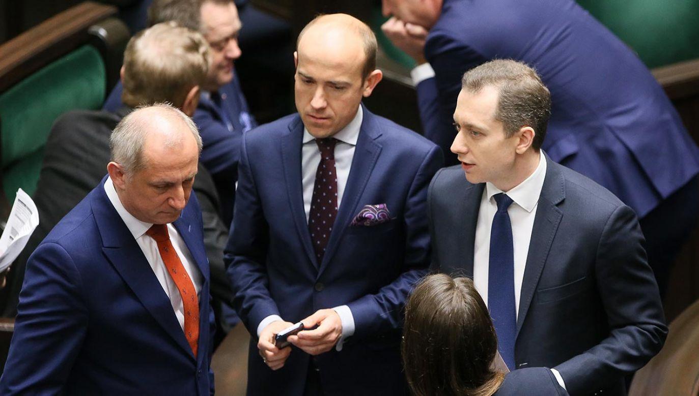 Poseł Cezary Tomczyk ma największe szanse na objęcie fotela szefa klubu parlamentarnego KO (fot. PAP/Paweł Supernak)