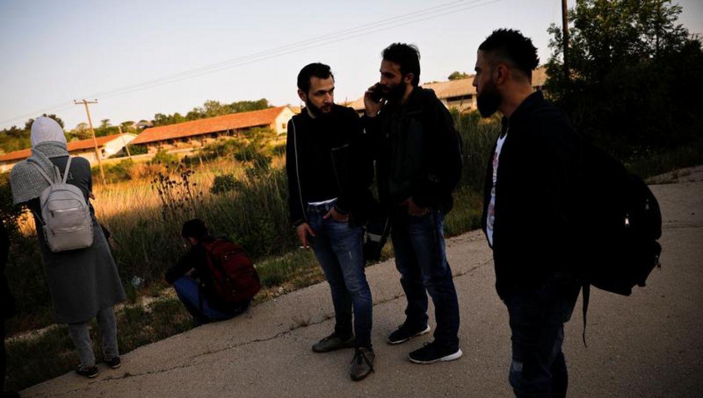 Wśród uciekinierów mogą być byli bojownicy i sympatycy Państwa Islamskiego (fot. REUTERS/Alkis Konstantinidis)