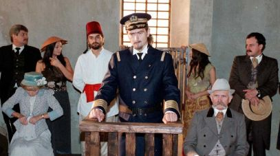 Pośrodku: Olgierd Łukaszewicz (fot. arch.TVP)