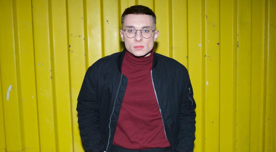 Ralph Kamiński tworzy autorską muzykę nawiązującą stylistyką do artystycznego popu z elementami muzyki filmowej (fot. Karol Łakomiec)