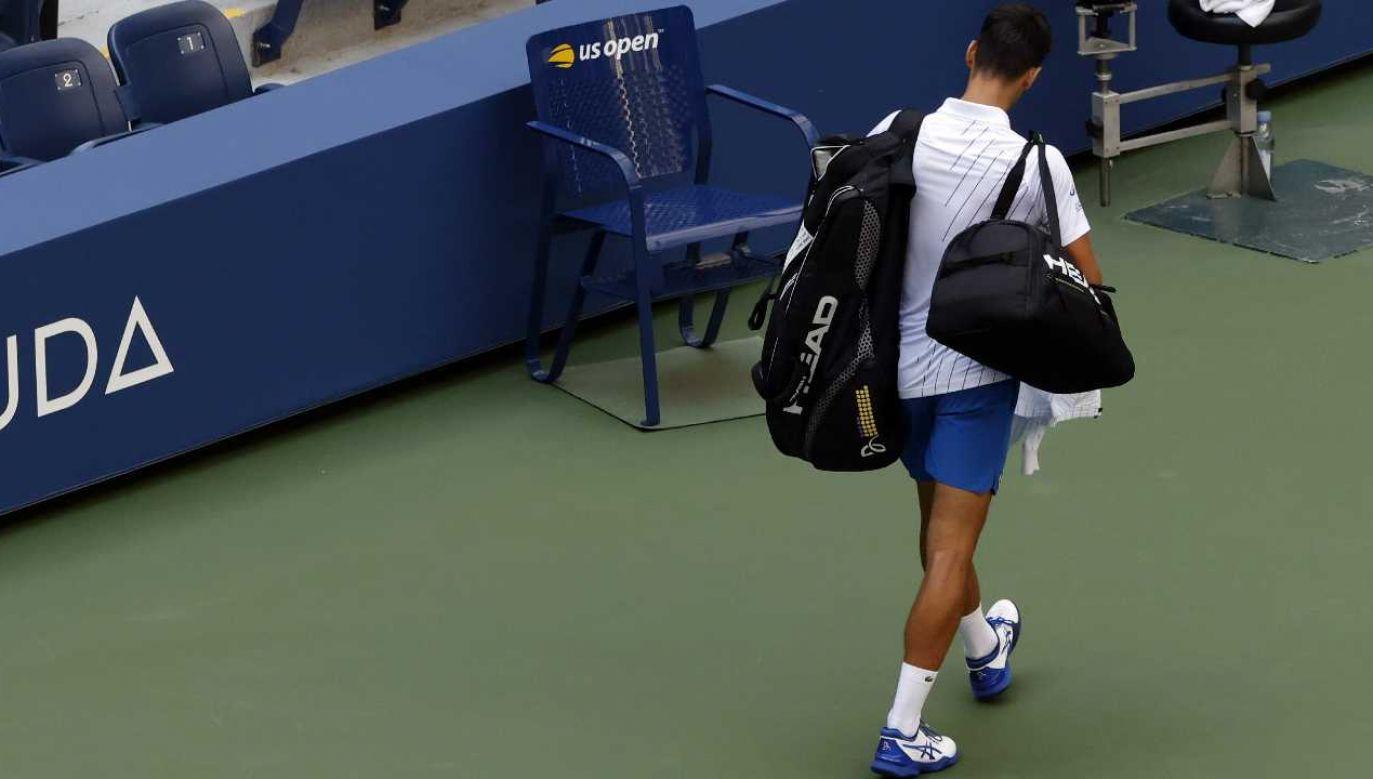 Novak Djoković szybko opuścił Nowy Jork (fot. PAP/EPA/JASON SZENES)
