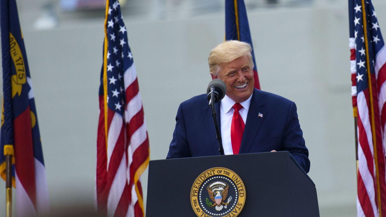 Wybory w USA 2020. Donald Trump ma powody do zadowolenia (fot. Melissa Sue Gerrits/Getty Images))