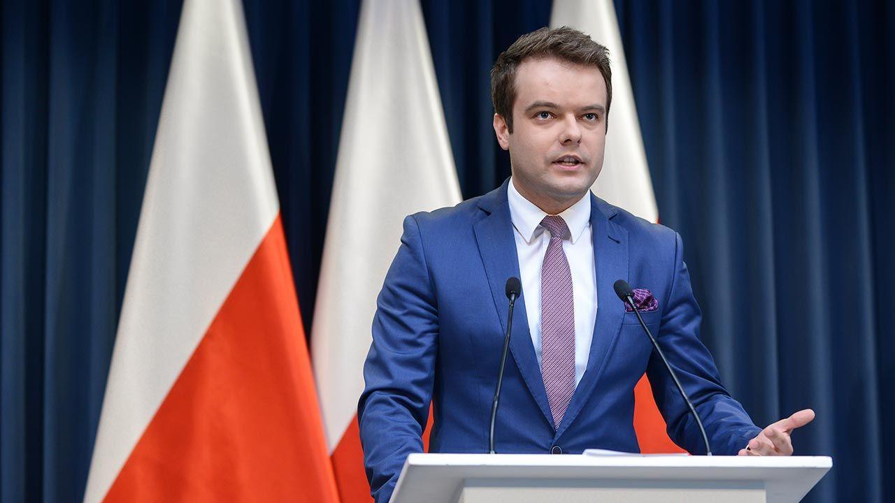 Rafał Bochenek o inicjatywie Trójmorza (fot. PAP/Jakub Kamiński)
