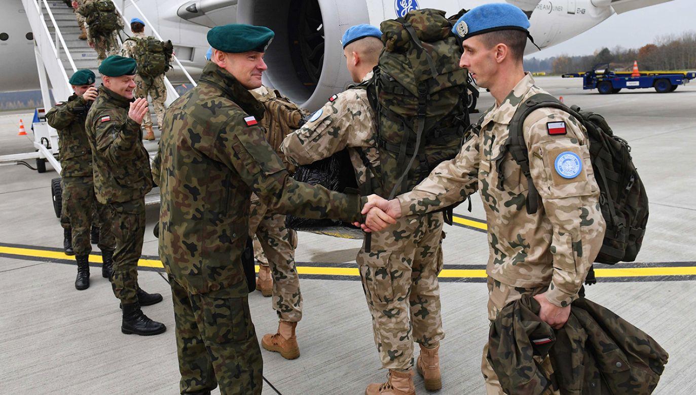 Wylot drugiej setki żołnierzy I zmiany PKW na misję ONZ w Libanie (fot. arch. PAP/Marcin Bielecki)