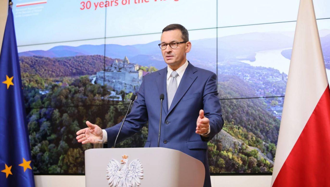 Premier Mateusz Morawiecki  poinformował w Brukseli, że RE przyjęła plan gospodarczy dla Białorusi (fot. PAP/Leszek Szymański)