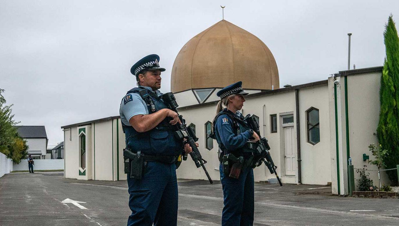 Biznesmen z Christchurch w mediach społecznościowych udostępnił wideo z marcowego zamachu terrorystycznego na dwa meczety w tym mieście (fot. Carl Court/Getty Images)