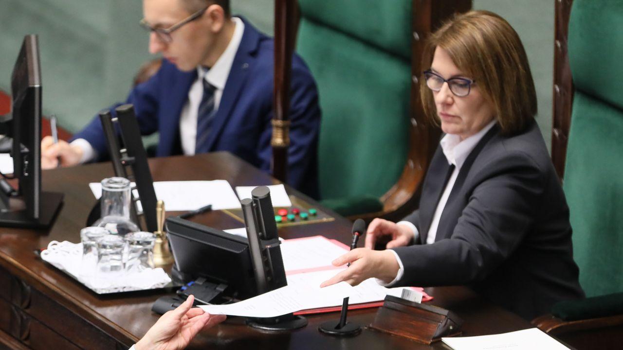 Wicemarszałek Sejmu Beata Mazurek (PAP/Paweł Supernak)