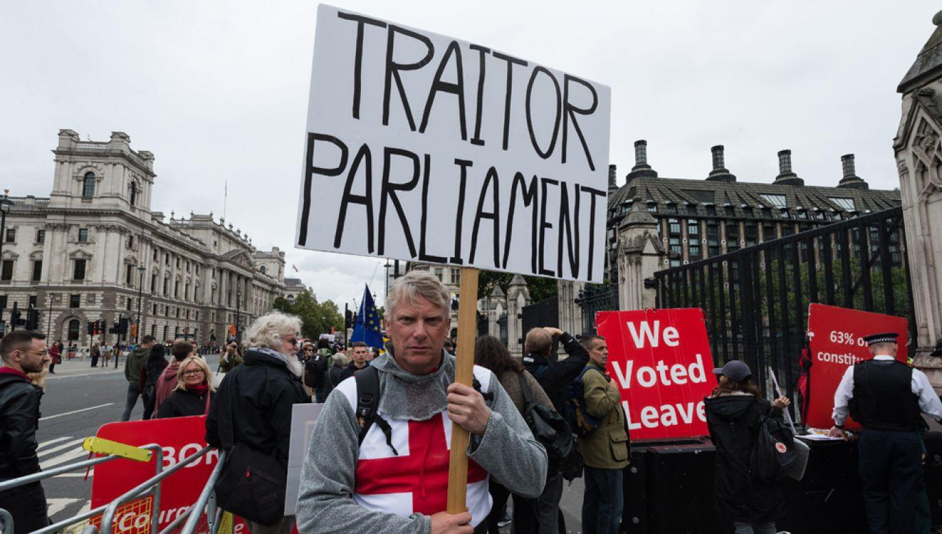 Premier Boris Johnson jest zdeterminowany, by zgodnie z ustaleniami Wielka Brytania opuściła UE 31 października br.(fot. WIktor Szymanowicz/NurPhoto via Getty Images)