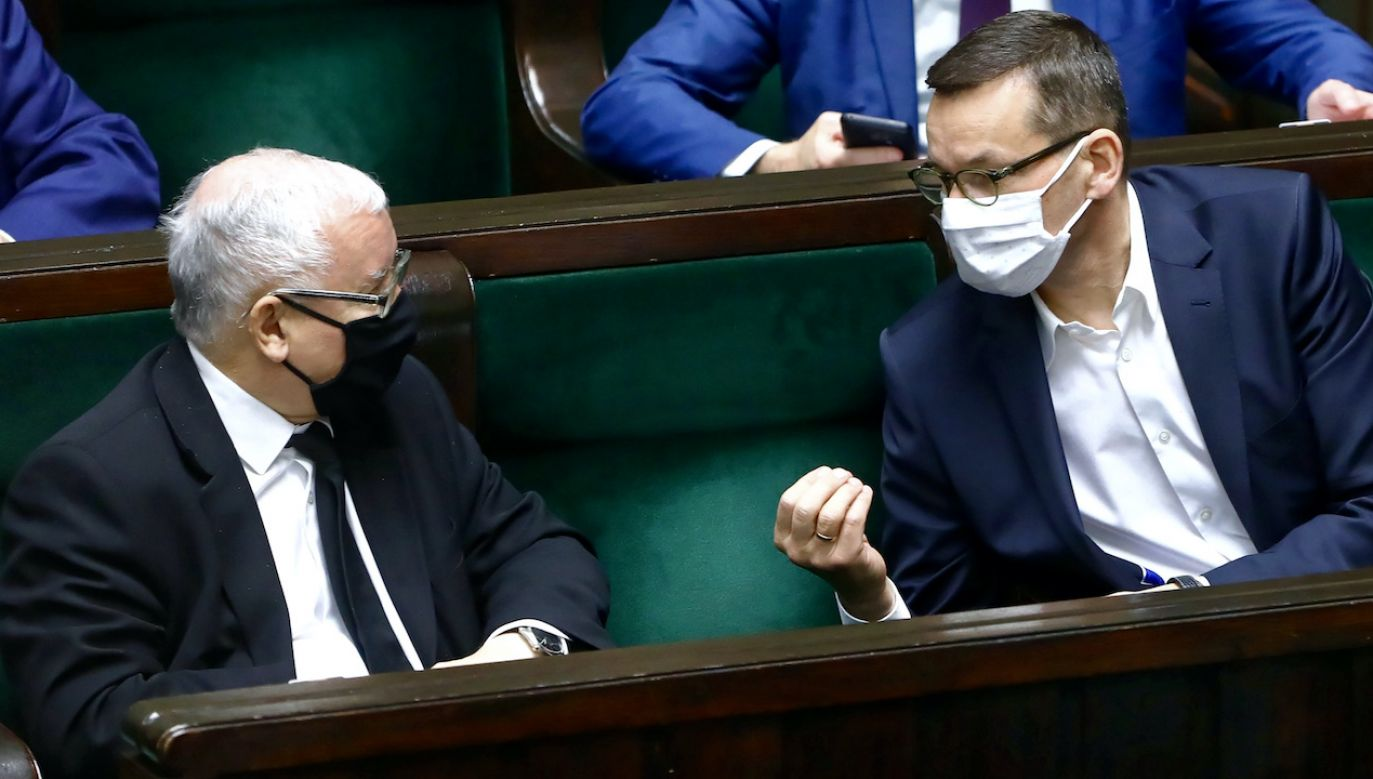 PiS pozostaje liderem (fot. arch.PAP/Rafał Guz)
