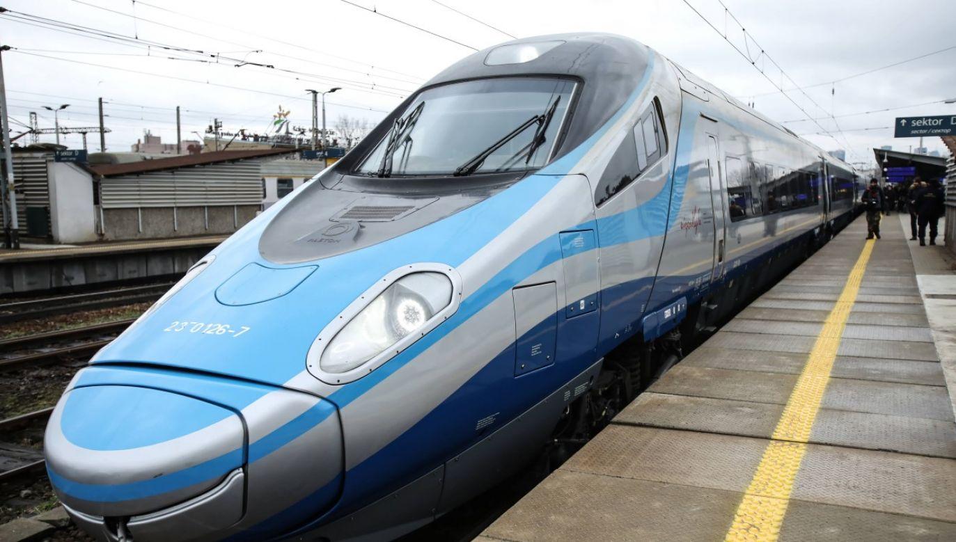 Pociągi zostały wycofane z kursowania po ogłoszeniu w kraju stanu epidemii (fot. PAP/Leszek Szymański)