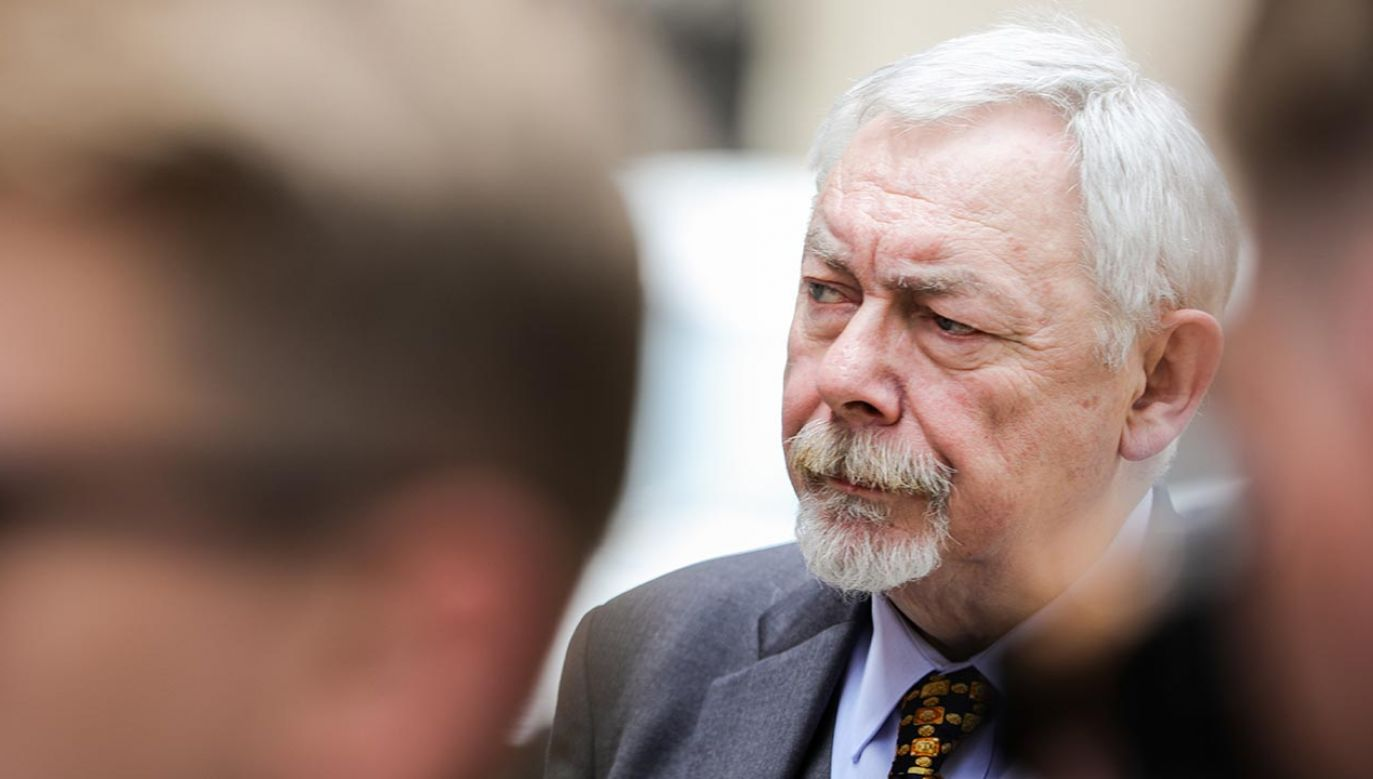 Mandat dla prezydenta Krakowa za palenie w Urzędzie Miasta (fot. Forum/Filip Radwanski)