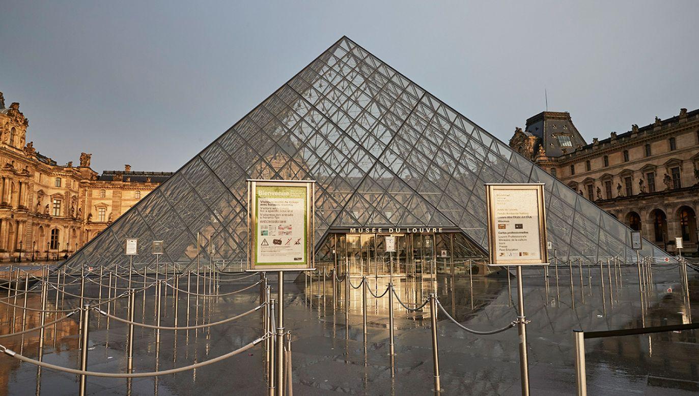 Luwr pozostał zamknięty na dwa dni, chociaż jest jednym z najczęściej odwiedzanych muzeów na świecie (fot. Kiran Ridley/Getty Images)