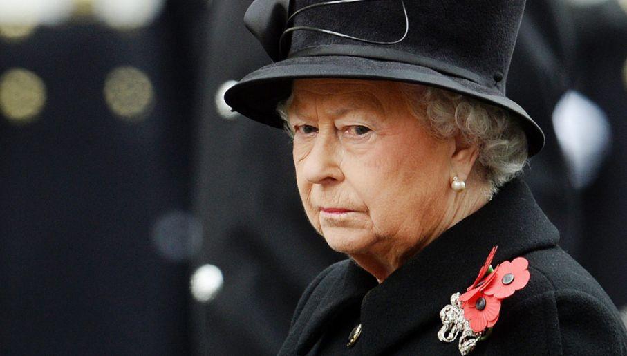 W niedzielnych uroczystościach udział wzięła m.in. królowa Elżbieta II (fot.  PAP/EPA/ANDY RAIN)