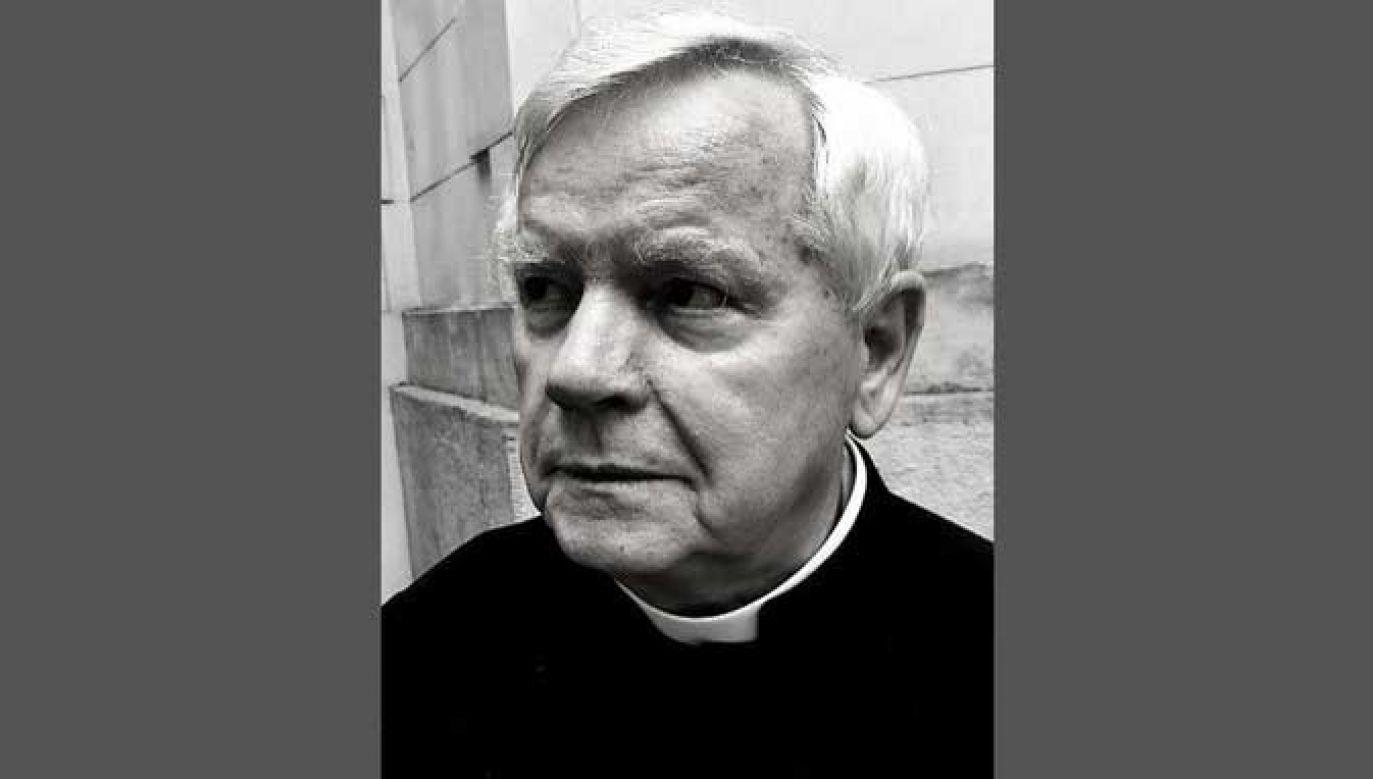 Ksiądz Bronisław Piasecki urodził się w 1940 roku (fot. Twitter/ArchWarszawska)