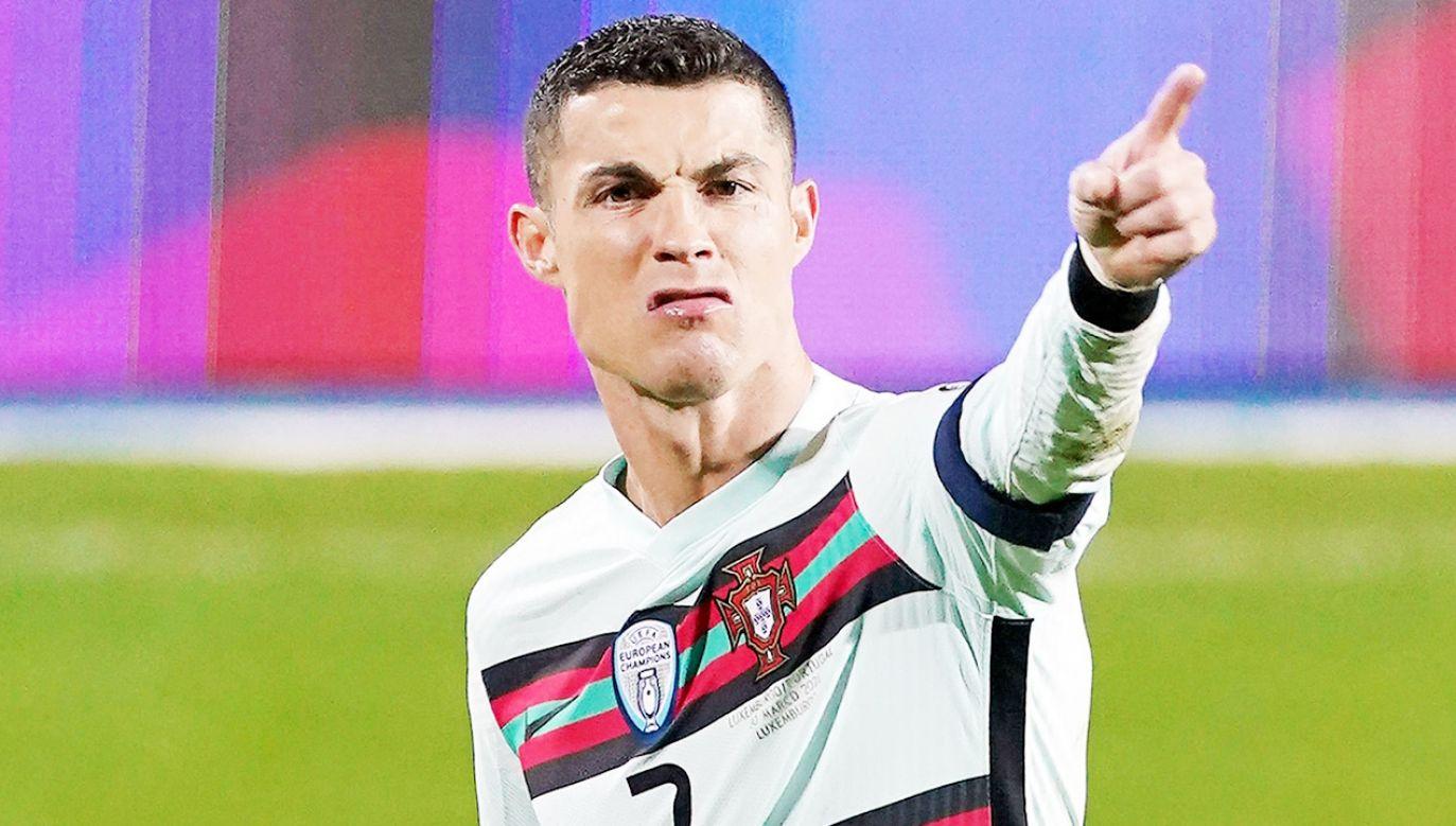 Opaska Cristiano Ronaldo została sprzedana za ponad 75 tys. dolarów (fot. Sylvain Lefevre/Getty Images)