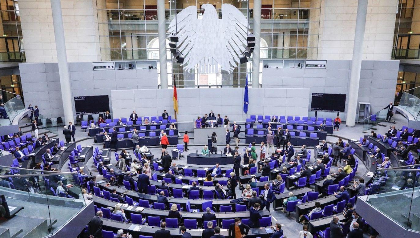 Zdaniem MSZ niemieckie media dopuściły się manipulacji (fot. PAP/EPA/OMER MESSINGER)
